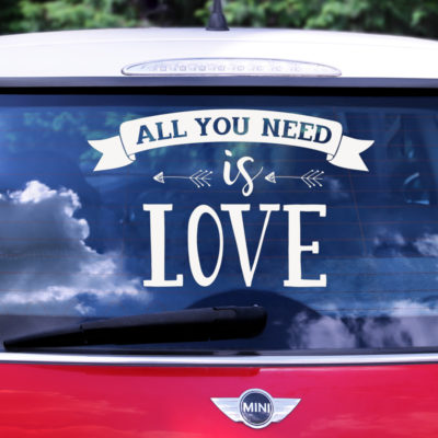 Vinilo coche all you need is love